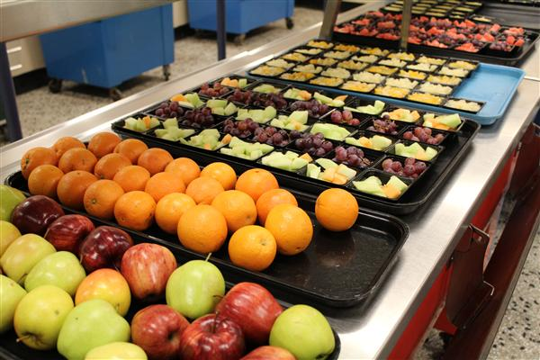 Fresh fruit served daily in all schools